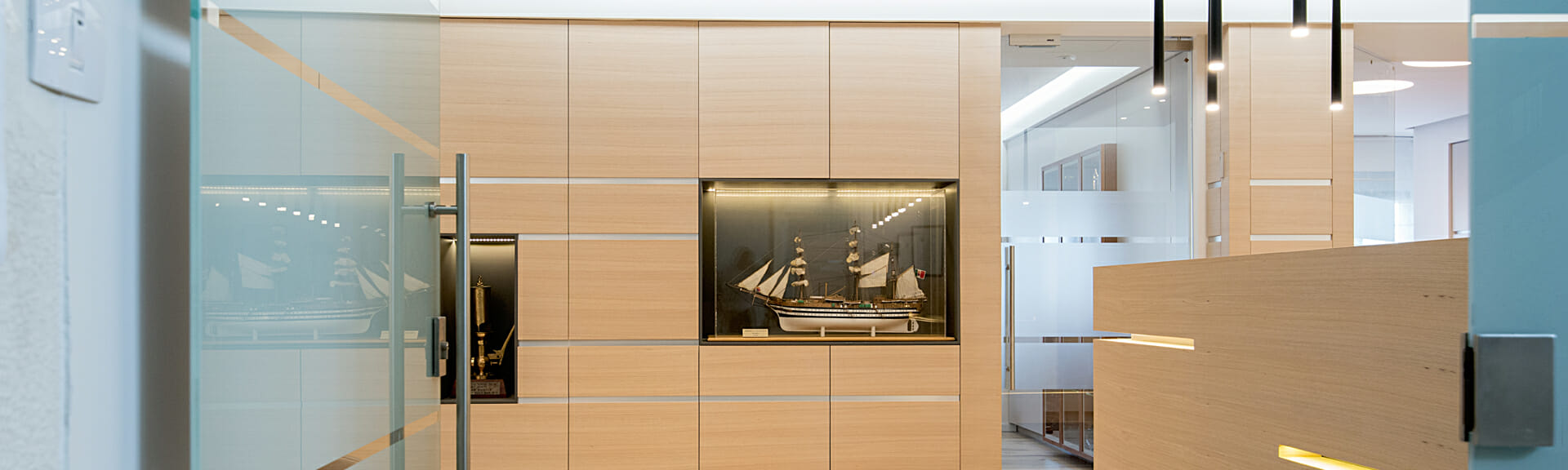 Glazberg-law-office-Haifa-Slider6